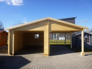 Holzgarage mit Carport 6,81 x 5,90m aus 70mm Wandbohlen GRAFSCHAFTER
