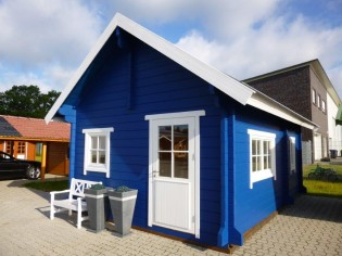 Wochenendhaus, Ferienhaus, Blockhaus mit 2 Räumen und Schlafboden SAMANTHA